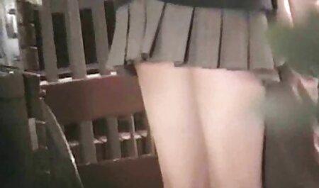 教師は、オフィスの学生のタイトなお尻で男根を得る 女の子 ため の エロ 動画
