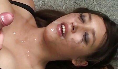 Busty金髪screwing黒男とともに彼女の夫と取得a明るいオーガズム 女の子 用 エッチ 動画
