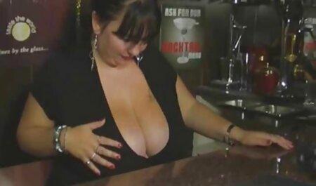 成熟したセクシーなbustyレズビアンpornstars Sophie DeeとSara Jay 女の子 の ため の 無料 h